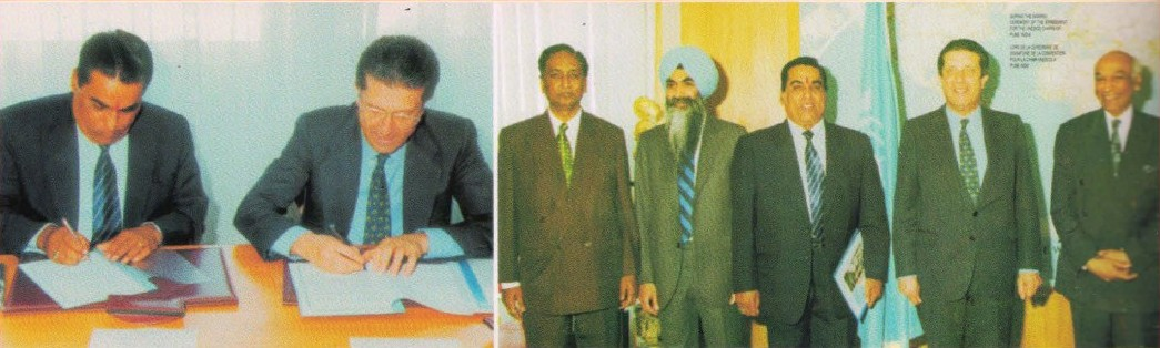 Paris, 12th May 1996: Dr. Vishwanath D. Karad and Dr. Frederick Mayor, Director General, UNESCO signing the agreement establishing the UNESCO Chair for Human Rights, Democracy, Tolerance and Peace at World Peace Centre, MAEER's MIT